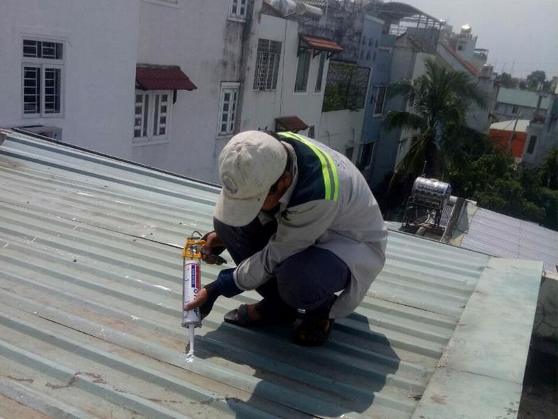 dịch vụ chống dột mái tôn