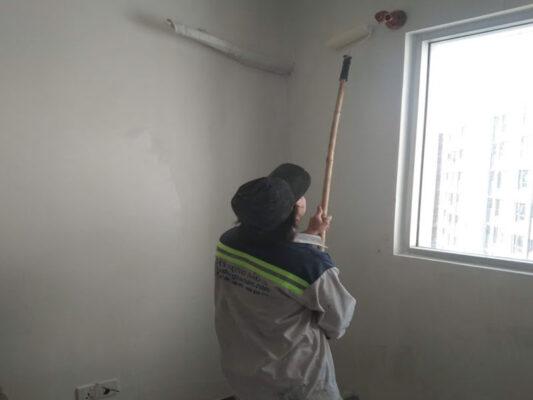Thợ thi công sơn chung cư tại quận 7